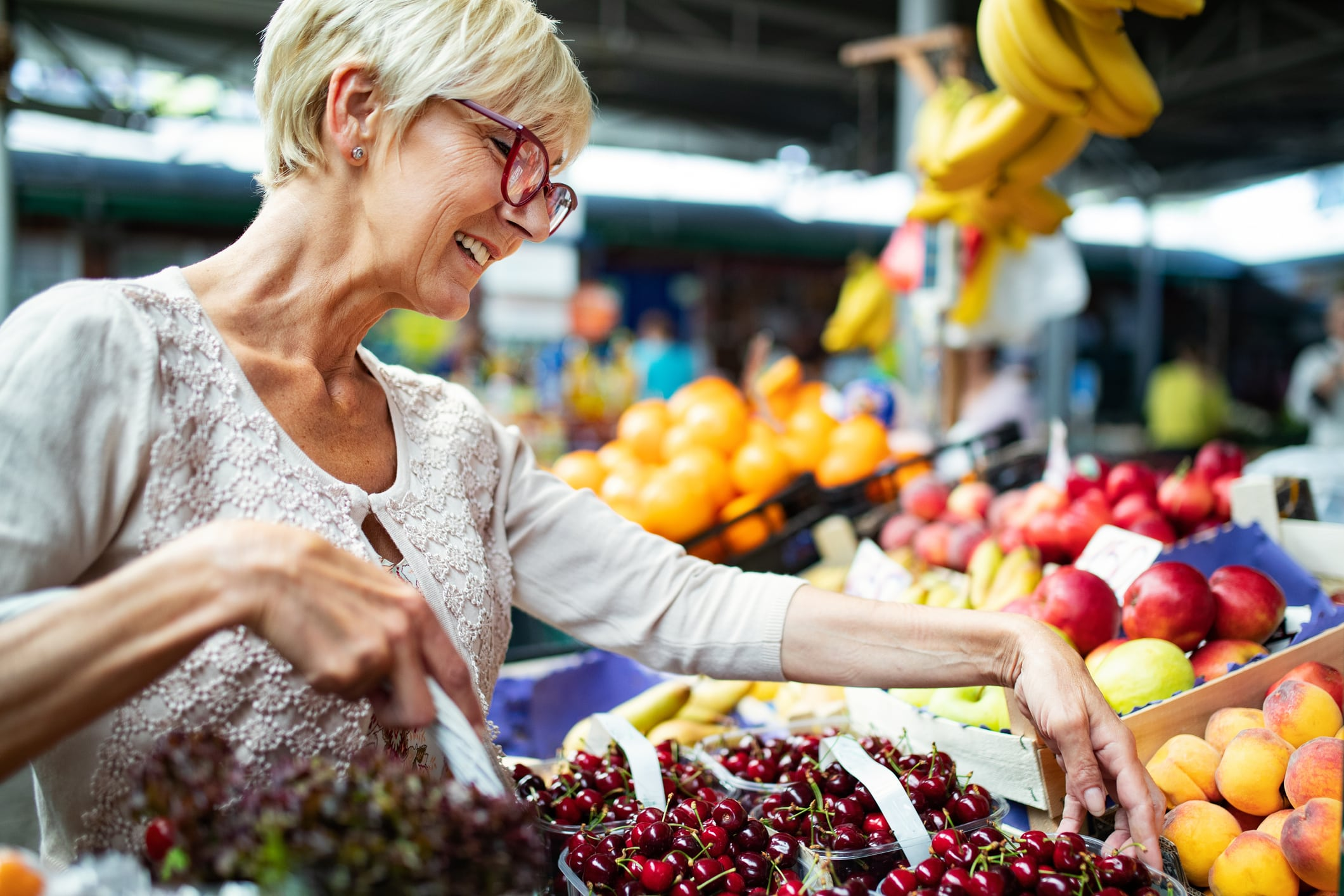 How to Save Money on Groceries: Shopping on a Budget